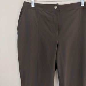♥️Sale!♥️ Chico's Weekends • Brown Casual Capris